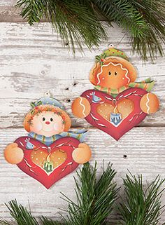 Heart Candle Ornaments from the book Winter Whimsy, Vol. 4 by Renee Mullins… Christmas Hearts, Beaded Christmas Ornaments, Painted Ornaments, Pintura Country, Tole Painting Patterns, Country Paintings, Painted Books, Xmas Decorations, Candles