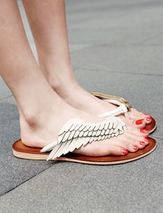 Two-color wing design all monotone color faux leather sandals from Dholic.
