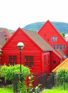 Bergen in Hordaland on the west coast of Norway: - holidayspots4u