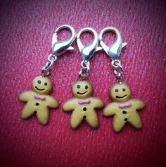 Crochet Christmas Gingerbread Men Stitch Markers/Progress Markers/Keepers by DuckandRabbit on Etsy