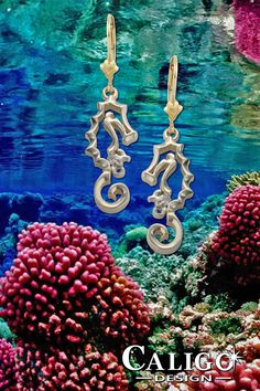 Diamond Seahorse with baby Earrings - Seahorse Jewelry by Caligo Design - Nature Inspired Jewelry - #seahorseEarrings #seahorseJewelry #oceanJewelry #seahorseandbabyEarrings #seaCreatures #oceanLifeEarrings #oceanTreasures #coralReefEarrings #14KDiamondSeahorseEarrings #goldSeahorseEarrings #diamondSeahorseEarrings #seaLifeEarrings #oceanJewelry Ocean Jewelry, Nautical Jewelry, Beach Jewelry, Diamond Jewelry, Gold Jewelry, Baby Earrings, Ocean Life, Nature Inspired, Sea Creatures