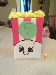 Shopkins are so popular right now. My kids spend time collecting, playing, and trading Shopkins. A Shopkins Valentines Day has my kids very excited! Valentine Boxes For School, Kinder Valentines, Valentines Day Party, Valentine Day Crafts, Valentine Ideas, Valentines Puns, Unicorn Valentine, Printable Valentine, Homemade Valentines
