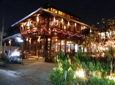 Teak House Dash Cafe -the best restaurant in Chiang Mai.
