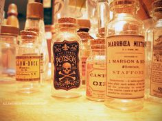 Steampunk DIY - Tiny Apothecary Jars