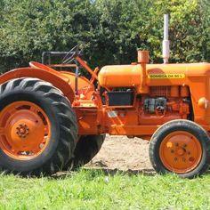 Montpellier : Un maire vosgien reçoit un PV pour son tracteur mal garé dans le centre-ville