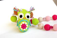 Green and pink nursing necklace with owl, Organic Breastfeeding necklace, crochet Teething Necklace, mommy necklace