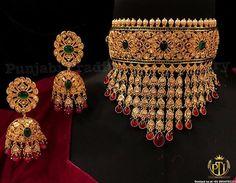 Bridal Jewelry Vintage, Bridal Party Jewelry, Indian Wedding Jewelry, Gold Jewellery Design, Gold Jewelry, Spoon Jewelry, India Jewelry, Diamond Jewelry, Wedding Jewellery Inspiration