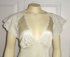 RESERVED FOR JILL Vintage Nightgown Vanity Fair Old Hollywood Glamour Ivory Satin Gown X-Small Bridal Lingerie