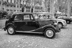 Renault Novaquatre ========================= Bonjour, pour les bijoux Gaby Féerie => http://www.alittlemarket.com/boutique/gaby_feerie-132444.html