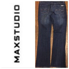"""MAX STUDIO DENIMS.     NWOT Inseam 31 1/2"""".    Rise 8 1/2"""".   Stretch 98% Cotton 2% Spandex.                                                   TRADES  AUTHENTIC  PAYPAL  10% SELLER ⛔️ Accept Offers  Fast Shipping  LOW BALLERS Max Studio Jeans"""
