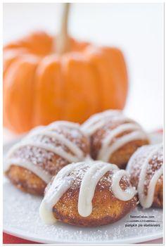 Gourmet Recipes, Dessert Recipes, Cooking Recipes, Desserts, Breakfast Recipes, Mini Pumpkin Pies, Pumpkin Spice, Pumpkin Recipes, Fall Recipes