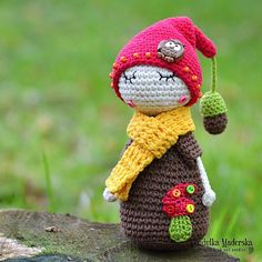 A dreamer .. my little oak hubby *This is a crochet pattern and not the finished item* This pattern includes: - Step by step instruction - Very