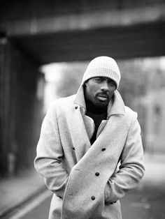 Idris Elba - Loved him in The Wire, Luther and Takers! Idris Elba, Black Is Beautiful, Gorgeous Men, Beautiful People, Amazing People, Sharp Dressed Man, Well Dressed Men, Luther, Look At You
