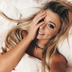 (Fc: Random Tumblr Girls) Hey I'm Calypsa! You can call me Caly though. I'm from Hawaii. I love the beach and everything about it. I'm 18 and single. My brother is Cole. Intro?