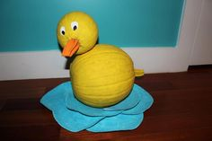 My duck pumpkin I made last year. Used acrylic paint and 3/6 inch wooden dowels to secure the head :)