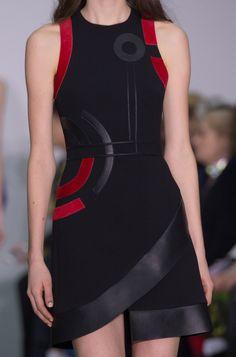 David Koma at London Fashion Week Fall 2016 - Details Runway Photos Runway Fashion, High Fashion, London Fashion, Womens Fashion, Fall Fashion, Art Deco Fashion, Fashion Fashion, Casual Dresses, Fashion Dresses