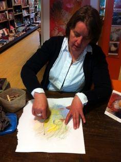 12 mei 2012: Loes Botman laat zien hoe ze te werk gaat