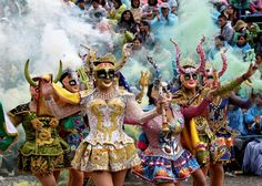 BOLIVIA: Members of the Diablada group perform during the carnival parade in Oruro, Feb. Casino Theme Parties, Party Themes, Date Night Gifts, Casino Costumes, Teen Friends, Mask Dance, Themed Cupcakes, Top Free, Mardi Gras