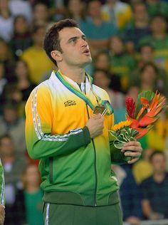 Falcão na premiação da medalha de ouro nos Jogos Pan-Americanos de 2007.