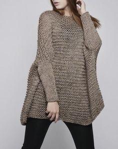 SURDIMENSIONNÉ chandail femme / tricot pull en moka par MaxMelody, $135.00