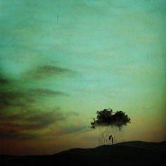 That dark cloud that follows you everywhere (Lissy Laricchia)