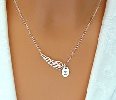 Personalized Angel Wing Necklace Wing Charm Jewelry por SaraAndJane, $31.00