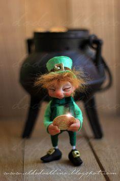Wee O.Gold the Leprechaun. OOAK art doll. Fairy realm sculpt. via Etsy.