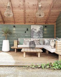 Outdoor Sofa, Outdoor Spaces, Outdoor Furniture Sets, Outdoor Decor, Porch Swing, Country Living, Exterior, Patio, Interior Design