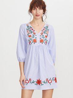 Vestido a rayas con bordado - azul