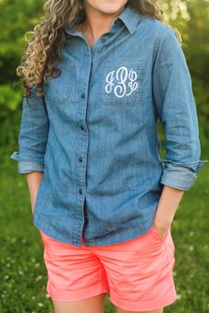 Monogrammed chambray button-down // AmyAnneApparel on Esty // www.shawave.com