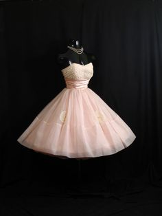 Vintage 1950s 50s Cupcake Strapless PINK Ruched Chiffon Organza Lace Party Prom Wedding Dress Gown via Etsy