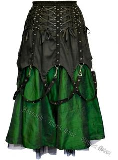 Dark Star Black and Green Chains Gothic Skirt [DS/SK/7032G] - $121.99 : Mystic Crypt, the most unique, hard to find items at ghoulishly great prices!