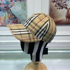 -Camel Baseball Cap. -Adjustable Patch. -Outer: 100% Cotton. -Trim: 100% Leather. -Lining: 100% Cotton. -Adjustabe Patch. Burberry Outlet Online, Cheap Burberry, Baseball Cap, Camel, Leather, Cotton, Baseball Hat, Camels, Bactrian Camel