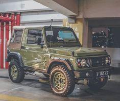 Jimny Suzuki, Modified Cars, Cars And Motorcycles, Offroad, Dream Cars, Samurai, Automobile, Monster Trucks, Suzy