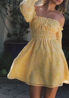 Cute Casual Outfits, Pretty Outfits, Pretty Dresses, Casual Dresses, Short Dresses, Summer Dresses, Cute Yellow Dresses, Yellow Outfits, Yellow Dress Summer