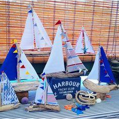 Velero barco de madera flotante yate vivero decoración