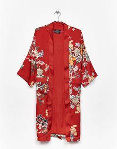 Kimono largo estampado oriental - Abrigos y chaquetas - Bershka España