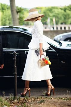 Street style at Paris Haute Couture fashion week | http://www.theglampepper.com/2015/08/06/street-style-at-paris-haute-couture-fashion-week/