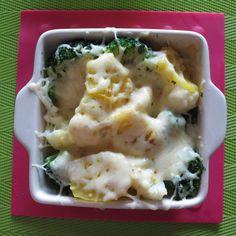 Brokuły i kalafior zapiekane z serem i ziemniakami