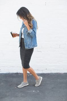 how to wear denim jacket, tennis shoes with skirts, how to wear denim jacket, casual weekend outfit, venice california Dresses With Tennis Shoes, Tennis Shoes Outfit, Tennis Clothes, Tennis Sneakers, Casual Weekend Outfit, Casual Outfits, Cute Outfits, Skirt And Sneakers, Sneakers Looks