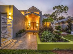 Photo of a stone house exterior from real Australian home - House Facade photo 8121349