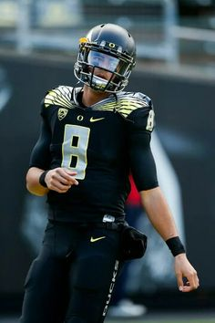 Marcus Mariota Fall 2014 Oregon Ducks QuarterBack
