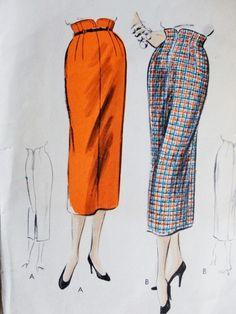 1950s Pencil slim Skirt Pattern Vogue 8073 Unique Shaped Built Up Waistline Classy Design Waist 24 Vintage Sewing Pattern