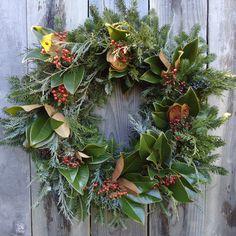 24 Fresh Southern Magnolia Wreath REAL