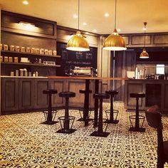 visual comfort thomas obrien eugene Thomas Obrien, Restaurant Lighting, Visual Comfort, Table, Instagram, Home Decor, Decoration Home, Room Decor, Tables