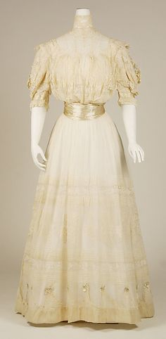 Dress Date: 1903 Culture: French Medium: cotton, silk Accession Number: 1975.248.7a, b