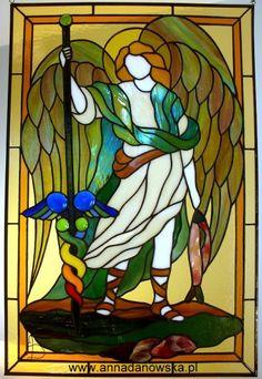 Archanioł Rafał - Archangel Raphael Stained Glass Angel, Making Stained Glass, Faux Stained Glass, Stained Glass Projects, Stained Glass Patterns, Stained Glass Windows, L'art Du Vitrail, Angel Drawing, Archangel Raphael