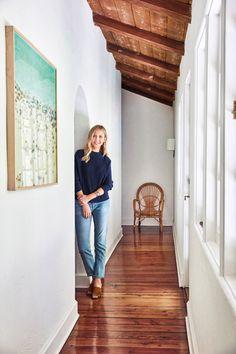 La Benedict Canyon Home, es la acogedora hacienda de la directora de cine Hallie Meyers-Shyer. Al igual que muchos otros exuberantes y misteriosos cañones,...