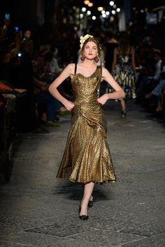 Dolce & Gabbana - Alta Moda Autumn/Winter 2016 Couture | British Vogue