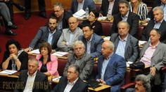 Компартия Греции протестует против «превращения страны в натовский хаб» http://feedproxy.google.com/~r/russianathens/~3/eQ4G5KLLeVs/21539-kompartiya-gretsii-protestuet-protiv-prevrashcheniya-strany-v-natovskij-khab.html  Парламентская группа КПГ в полном составе из 15 депутатов поставила в парламенте вопрос министру национальной обороны и министру иностранных дел относительно отмежевания страны от империалистических интервенций и войны, сообщаетсяв пресс релизе Компартии Греции.